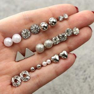 Vintage Triangle Heart Pearl Studs Earrings